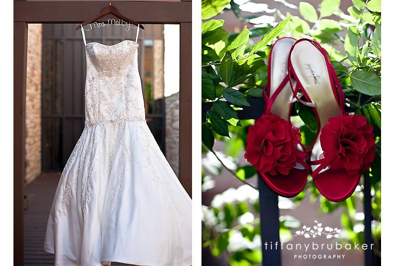 John marisa s wedding sneak peak la crosse wi wedding for Wedding dresses la crosse wi