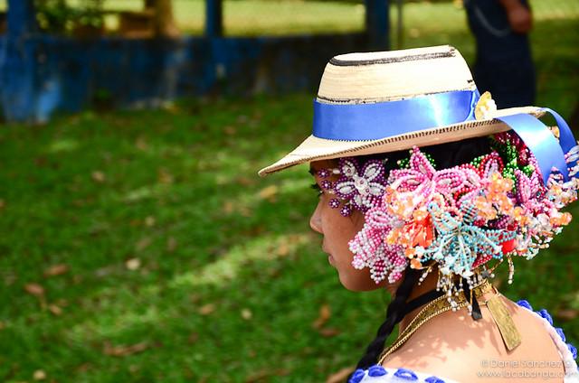Colores, cinta y sombrero