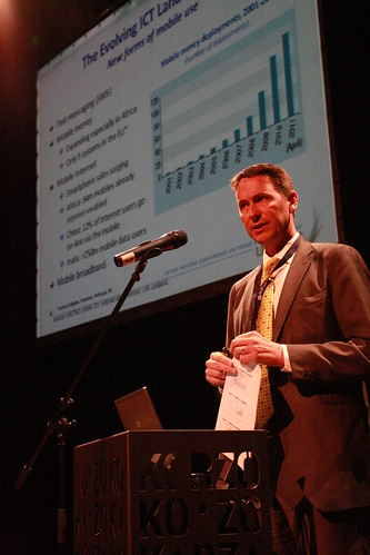 Torbjörn Fredriksson presents the UNCTAD IER report 2011 in Korzo Theatre, The Hague.