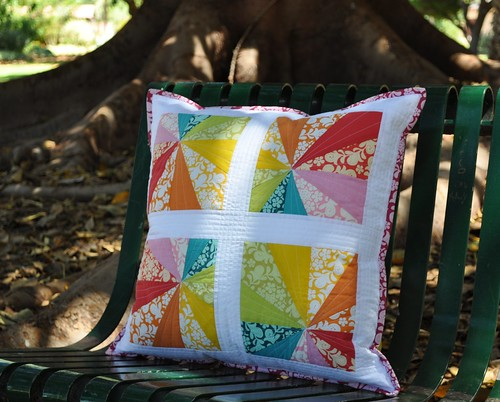 PTS6 Rainbow Starburst Pillow complete