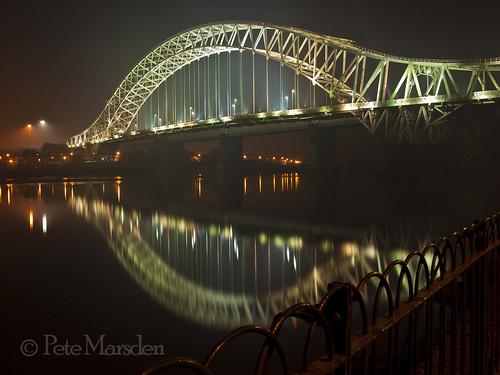 uk bridge reflection river cheshire mersey runcorn widnes silverjubilee olympuse510 petemarsden
