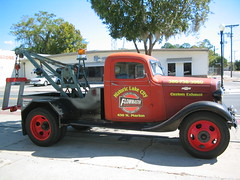 historic tow truck