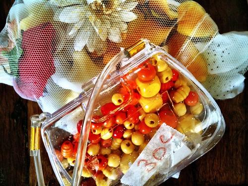 Threading beads & fake flowers