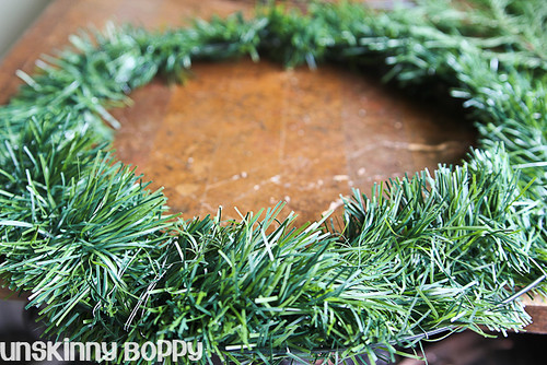 DIY Evergreen Christmas wreaths (2 of 16)