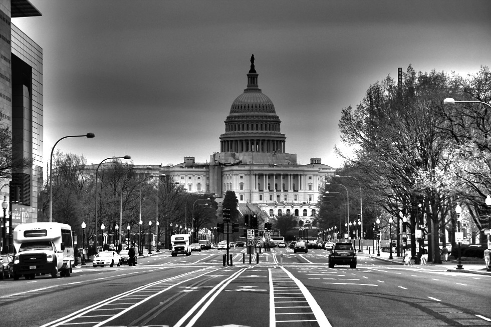 6997237273 805c393fe4 b 8 Gorgeous Photos of Washington DC (in Black and White)