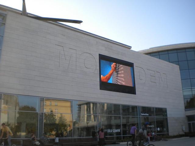 MODEM. Museo de arte moderno y contemporáneo de Debrecen
