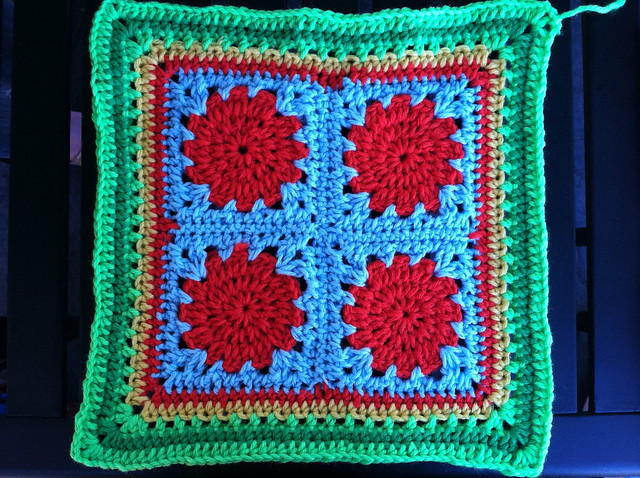 Amazon.com: Beyond-the-Square Crochet Motifs: 144 circles