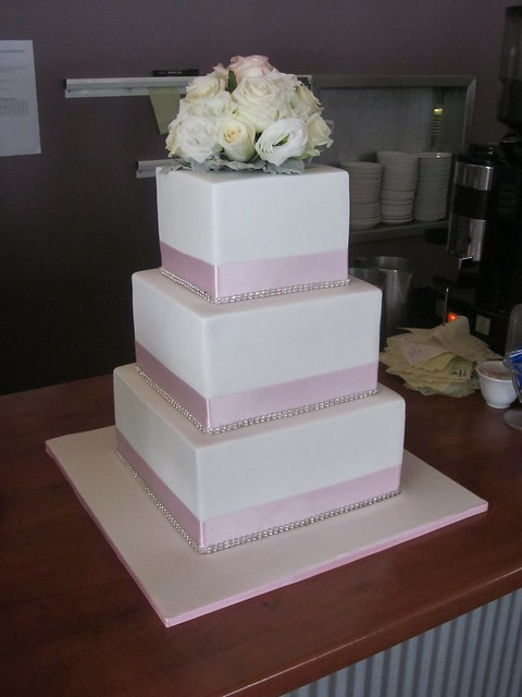 wedding cakes with red roses and bling pink bling roses wedding cake flickr photo 26098