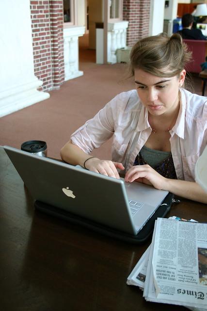 Zoe Studying