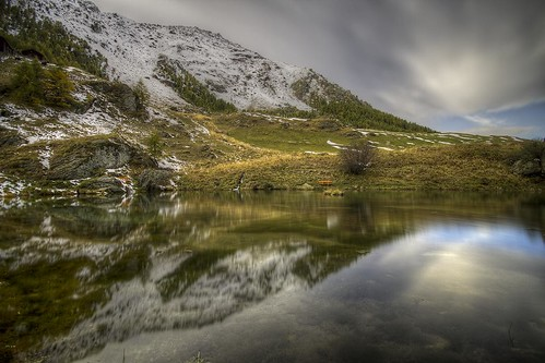 mountain lake snow alps reflection nature water montagne alpes canon landscape photography eos schweiz switzerland photo eau long exposure day suisse swiss lac sigma wideangle val valley 7d neige 1020mm paysage reflets hdr hoya arolla vallée nd400 gouille photomatix philippesaire