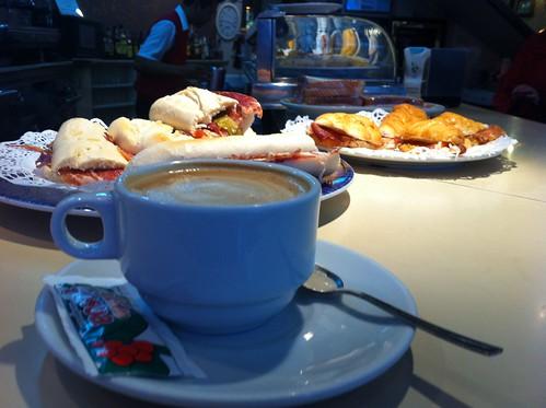 RESTAURANTE CAFE EL ARENAL by LaVisitaComunicacion