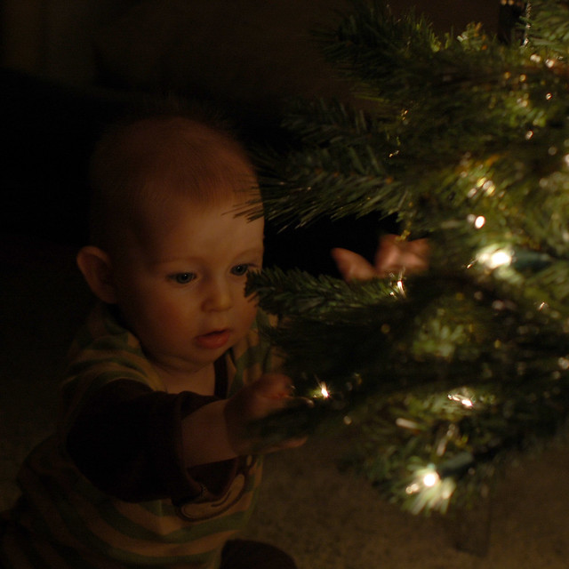 isaacs first christmas_4