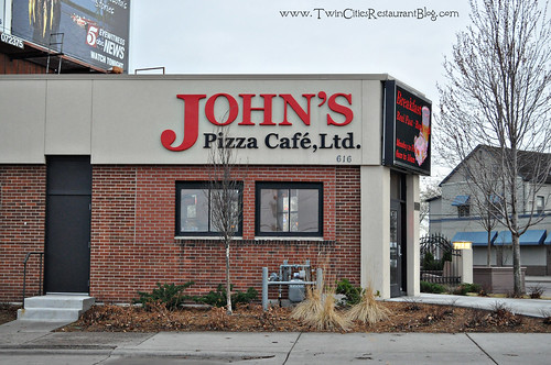 John's Pizza Cafe ~ St Paul, MN