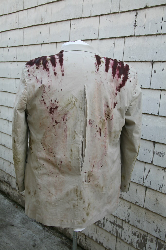 I Want a Zombie Costume: Back of Suitcoat