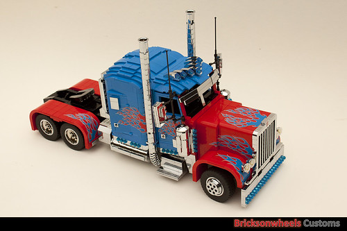 Optimus Prime in Lego V2