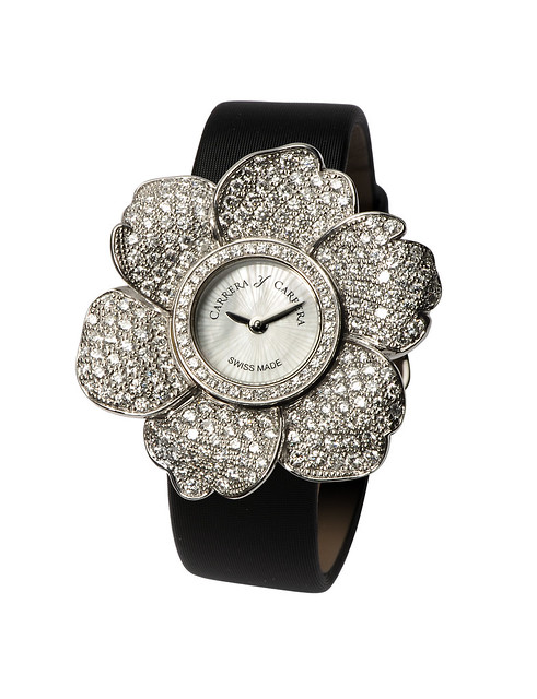DC001000 01_311 Gardenias Jewelry Watch in White Gold & Diamonds 1.jpg