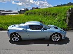 lotus evora(0.0), automobile(1.0), tesla roadster(1.0), vehicle(1.0), automotive design(1.0), land vehicle(1.0), luxury vehicle(1.0), supercar(1.0), sports car(1.0),