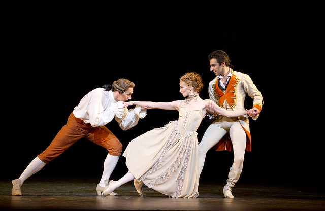Gary Avis as Monsieur GM, Lauren Cuthbertson as Manon and José Martin as Lescaut in Manon © ROH / Tristram Kenton 2011