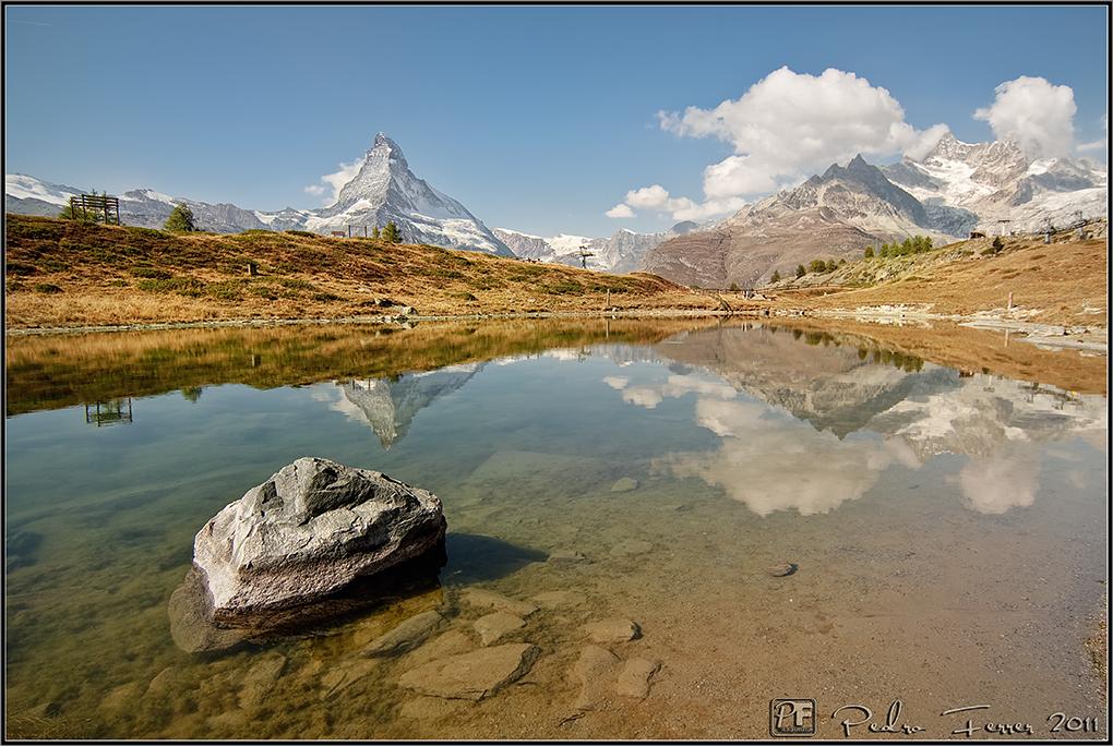 Suiza - Las montañas - Lago Leisee y Matterhorn