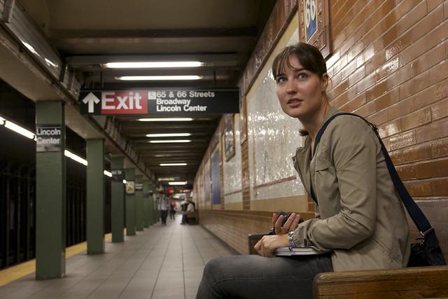 0896 - En el metro
