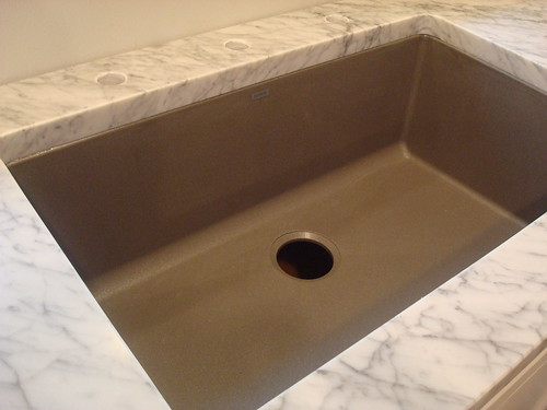How To Clean A Blanco Composite Granite Sink : Schock-Houzer Granite Sink vs. Blanco Silgranit