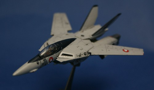 "Macross 1/144 - VF-1S Valkyrie - VFA-143 ""Pukin Dogs"" - 1"