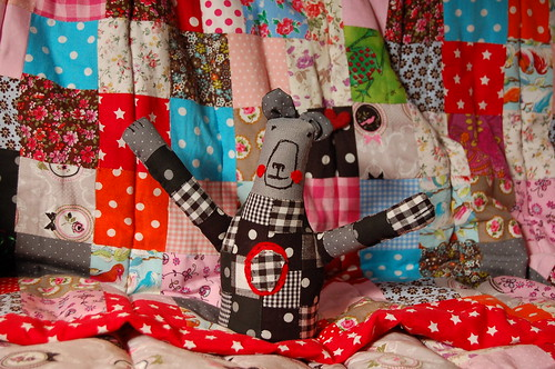 Patchwork bear by Tuttebel