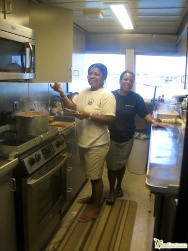 chef for luxury yacht on the caribbean in utila honduras