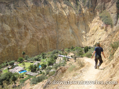 hiking colca canyon peru 15