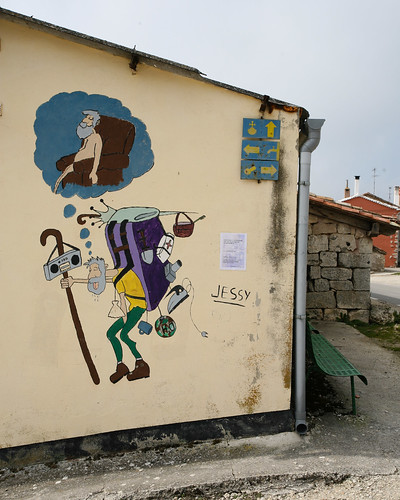 Man with huge backpack on Camino - humor - from Flickr user: William Bereza
