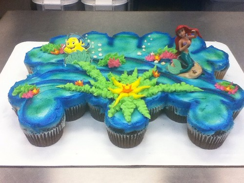 Little Mermaid cupcake cake
