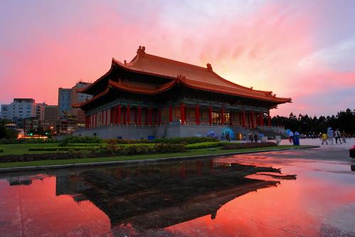 cloud taiwan taipei nationaltheater 中正紀念堂 cksmemorialhall 國家戲劇院