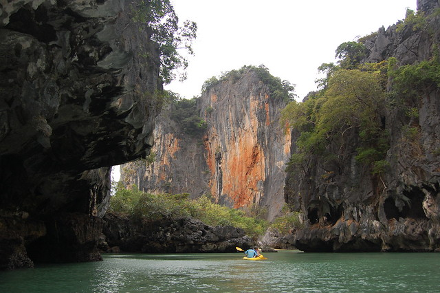 <p>Sea canoe trip into the caves and lagoons of Phang Nga Bay.</p>