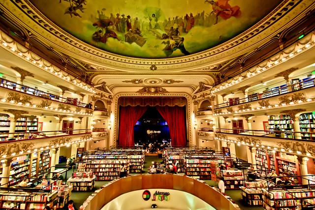 20110507 - Libreria Ateneo
