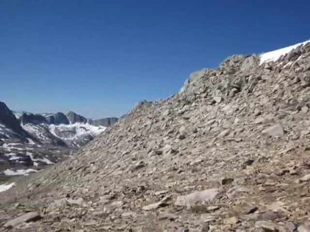 1000 Panorama video from the Sierra Crest west of Bishop Pass