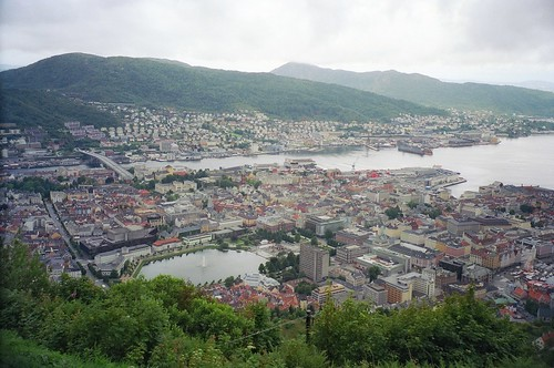 //90g/1c/109/1f  - Bergen Panorama 2004