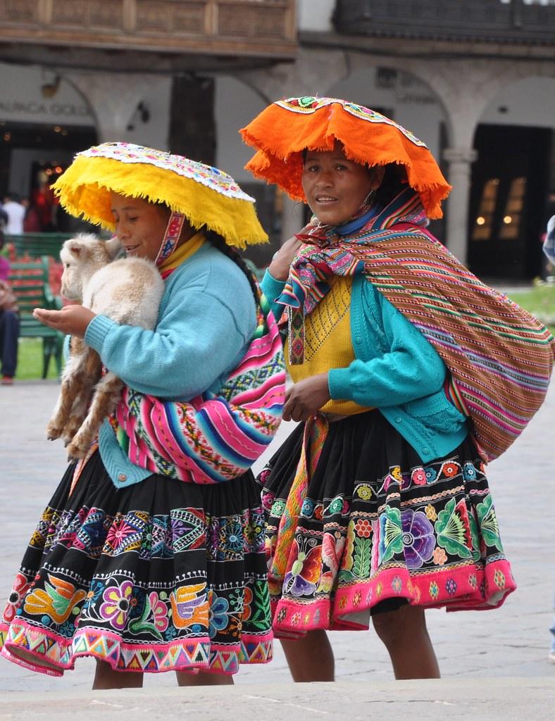 Quechua women in Cusco, Peru