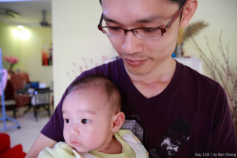 Baby - Yi Xi & Papa