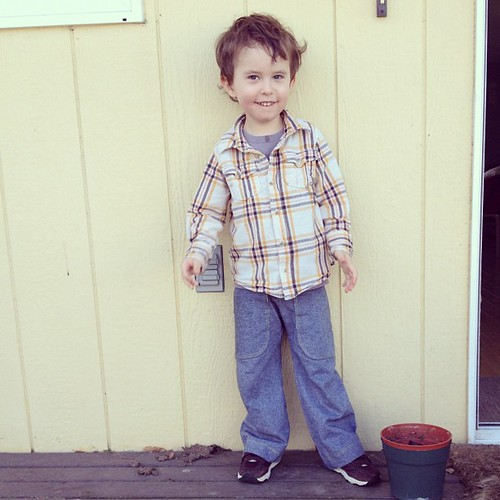 Last night's sewing paid off, new pants for the big boy!
