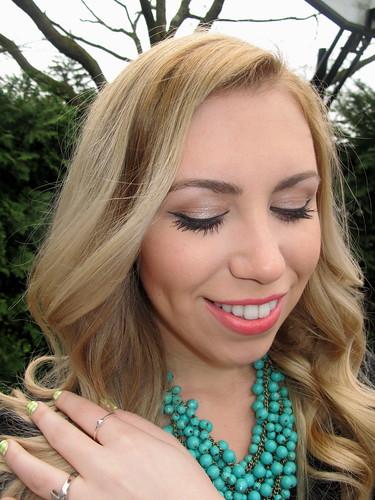 Livingaftermidnite - mark. Makeup Monday: Coral Fixation