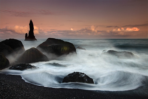 Reynidrangar Waves near Vík, Iceland