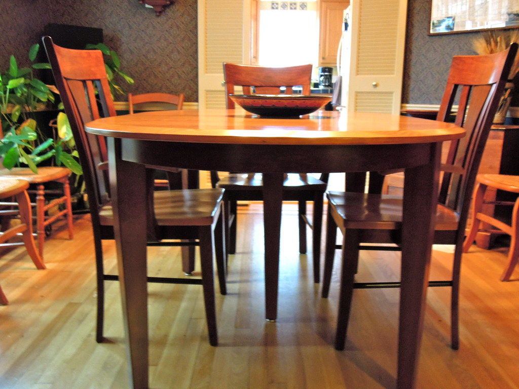 42 x 60 Oval Table