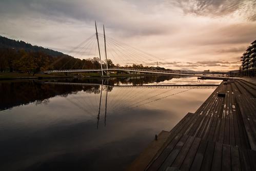 bridge autumn sunset norway clouds canon river europe dusk boardwalk scandinavia dammen 50d