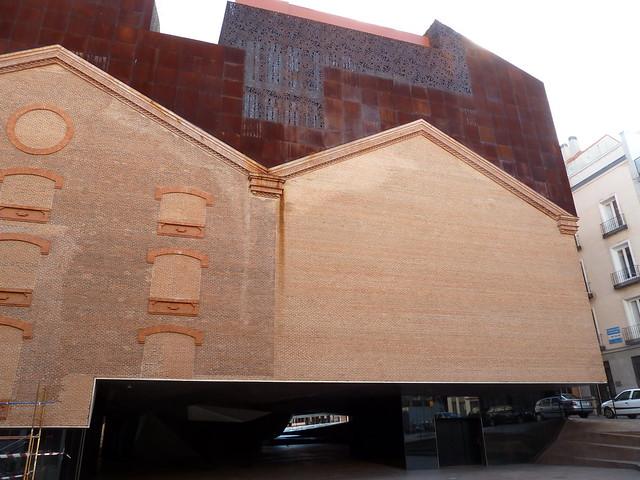 Caixa forum herzog de meuron madrid es 2011 for Herzog de meuron madrid