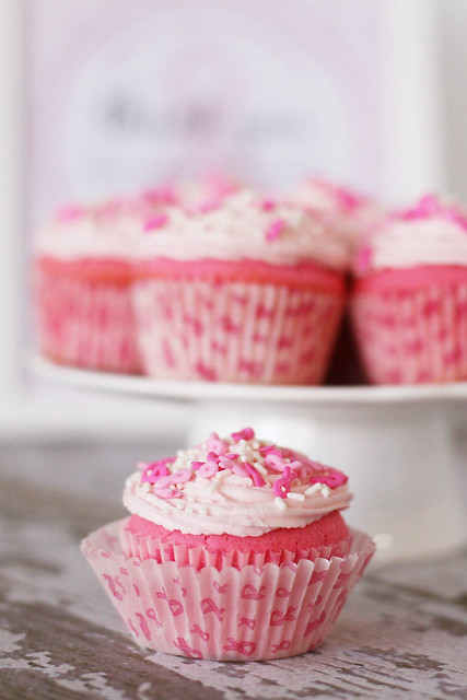 Pink Bake Sale Ideas http://www.flickr.com/photos/christijohnstone/6223393996/