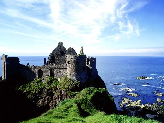 Dunluce_Castle_County_Antrim_Ireland_1