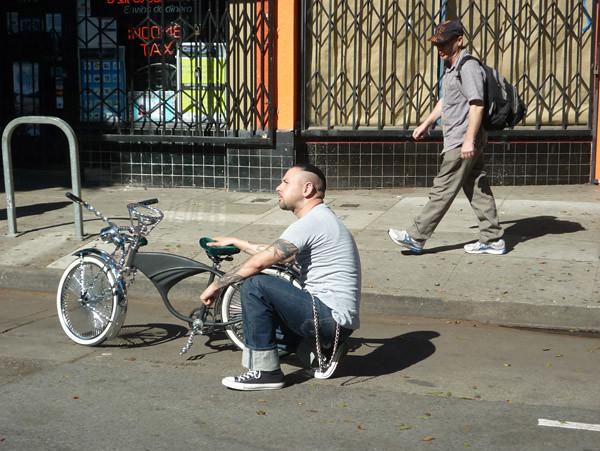 2011_1022_sundaystreets25