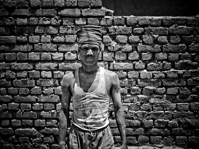 Construction worker in Rishikesh, India