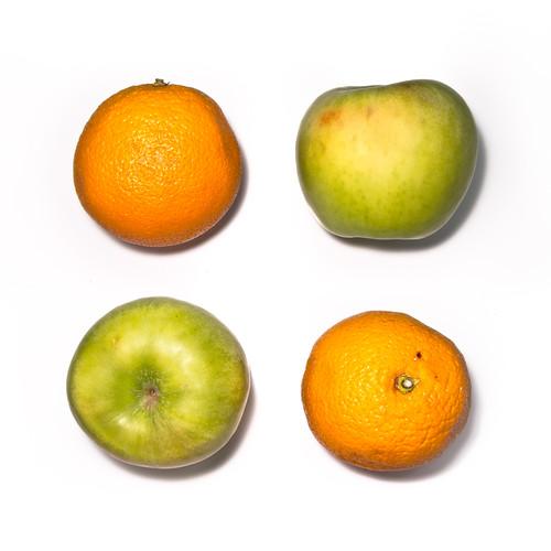 326/365 Dos frutas, dos colores por Juan R. Velasco