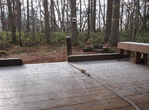 山荘の初雪 2011年11月24日8:53 by Poran111
